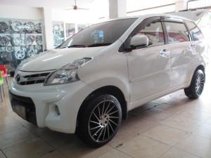 Modifikasi Mobil Toyota Avanza Velos Minimalis