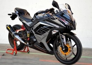 Modifikasi Ninja 4 Tax Sporty & Keren 2016