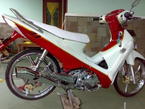 Modiifkasi Supra X 125 Red and White Terbaru