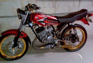 motor-sport-yamaha-gambar-hasil-modifikasi-motor-rx-king-1997-inspiratif