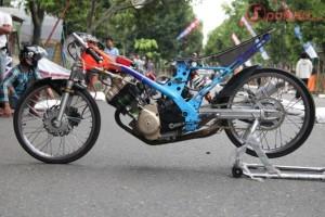 Gambar Modifikasi Motor Drag Satria FU