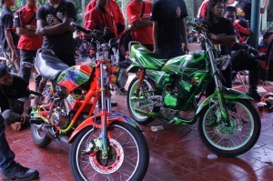 Gambar-Modifikasi-Yamaha-RX-King-9-300x199
