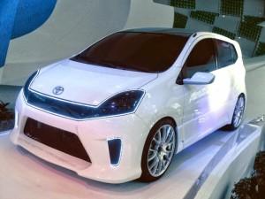 gambar mobil agya modifikasi