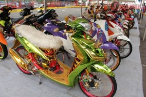 kontes modifikasi yamaha mio air brush