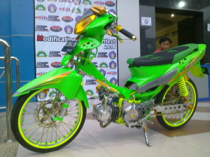 modifikasi Supra x 125 Air Brush hijau