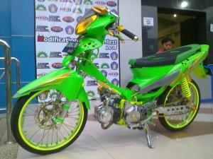 modifikasi Supra x 125 Air Brush hijau