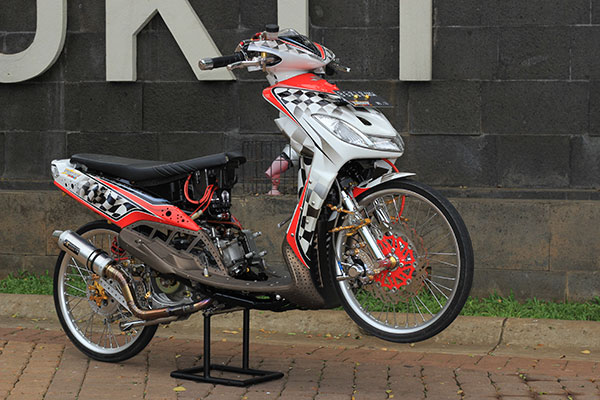 ide modifikasi mio ala road race