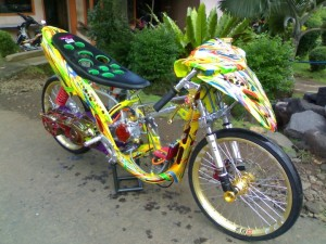 modifikasi yamaha mio road race air brush