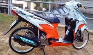 Gambar Modifikasi Honda Vario Techno Velg Jari-Jari
