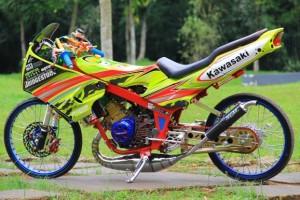 Gambar Modifikasi Kawasaki Ninja R 150 Gaya Thailook