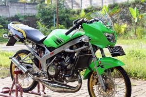 Modifikasi Kawasaki Ninja R 150 Velg Jari-Jari